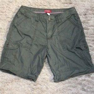 💋 4/$30 Merona High waist cargo shorts